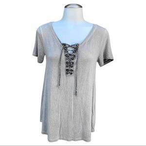 AMERICAN EAGLE Soft & Sexy Light Marbled Gray Lace Up Front Flowy Tee (XS)